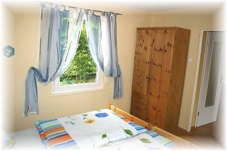 harz bungalow bruns3 mit kamin. Black Bedroom Furniture Sets. Home Design Ideas